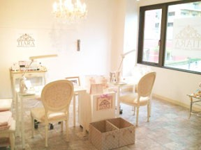 Nail Salon TIARA 稲毛海岸店