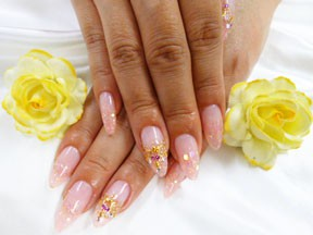 Nail Salon Bloom