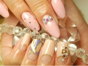 DIVINE NAILS By KANAE